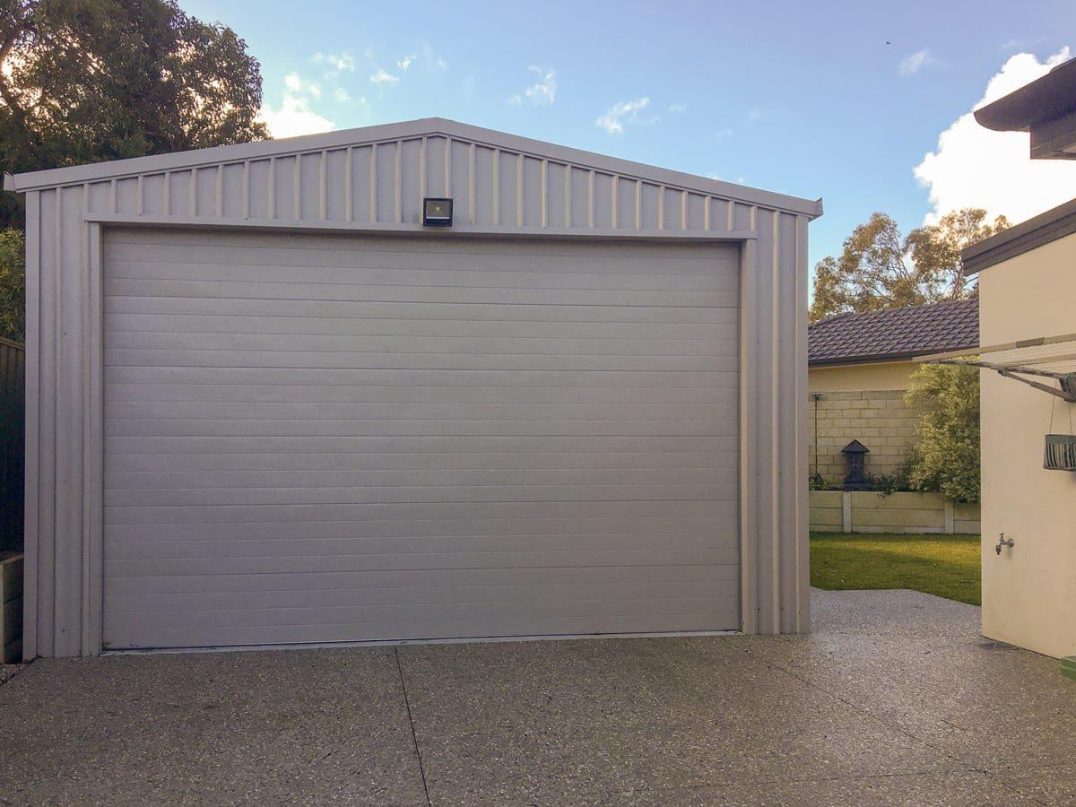 Garage Front - Custom Garages - Outdoor World