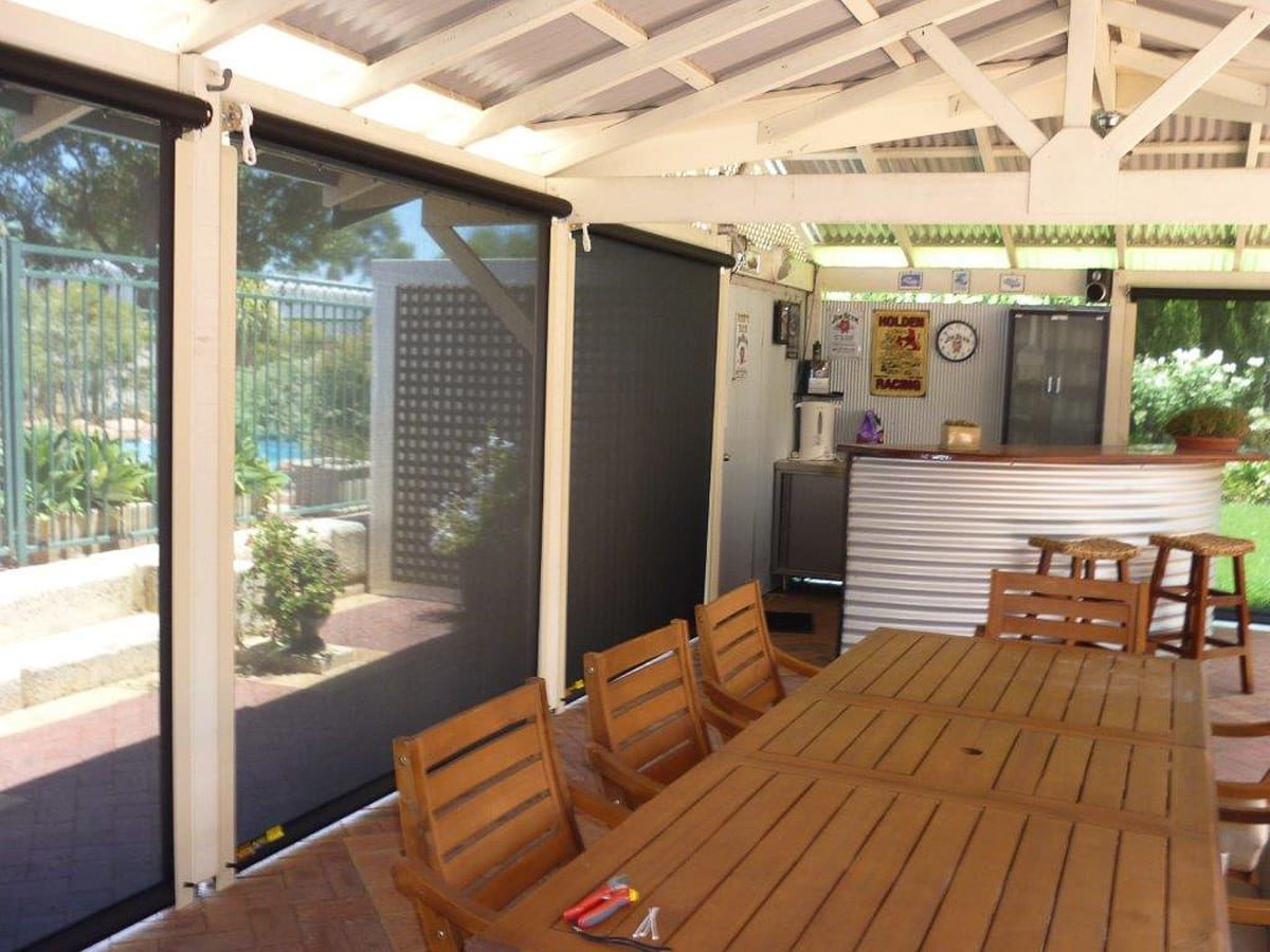 Outdoor Patio Blinds   Outdoor World   Perth & Western ...