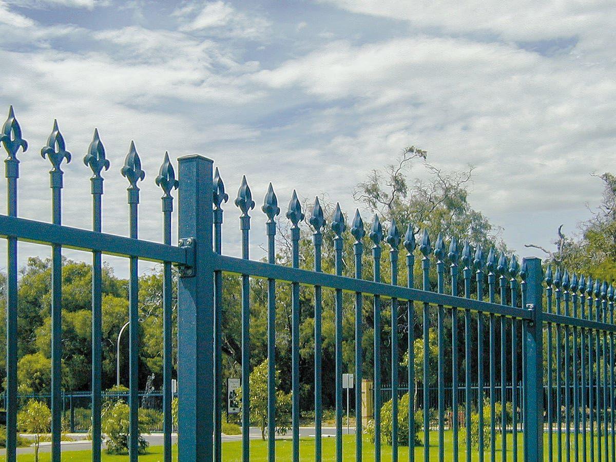 Decorative Fencing - Commercial Fencing - Outdoor World
