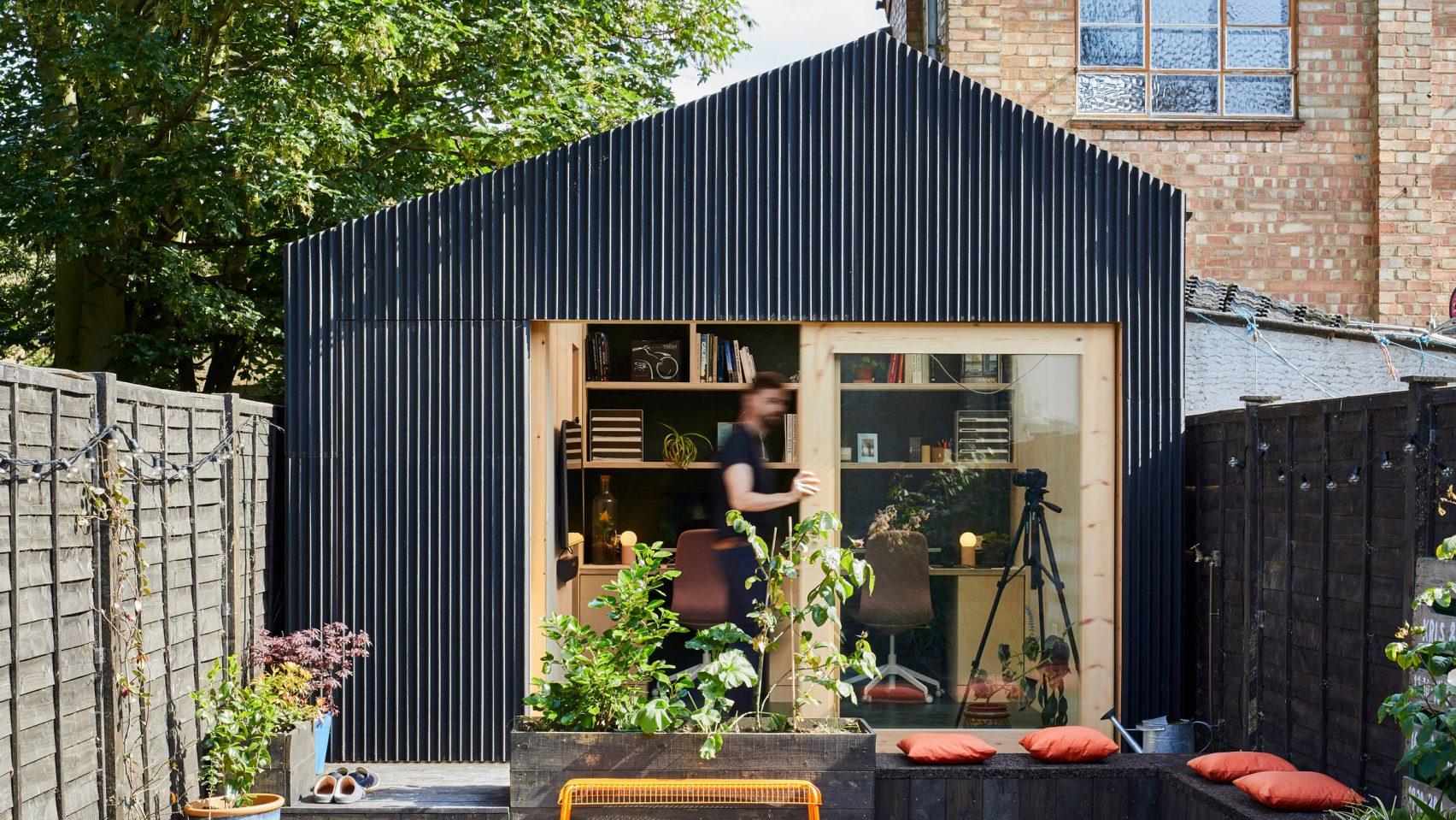 the-light-shed-richard-john-andrews-london-england-uk_hero-b-1704x959